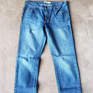 Levis Mid Rise Skinny Jeans